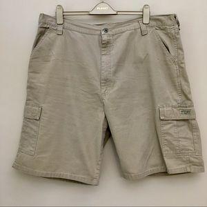 WRANGLER Khaki Cargo Shorts